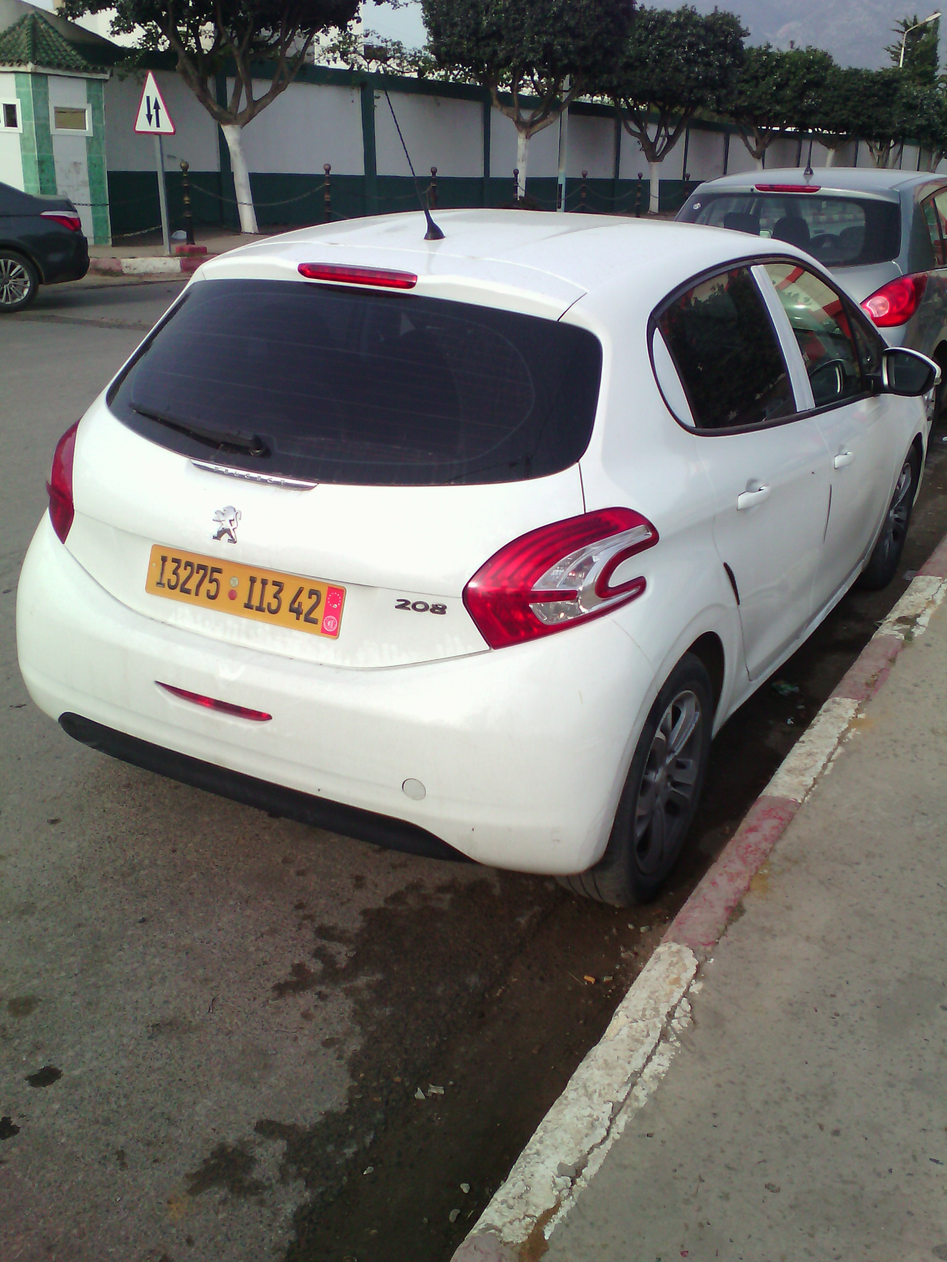 vente peugeot 208 ouedkniss