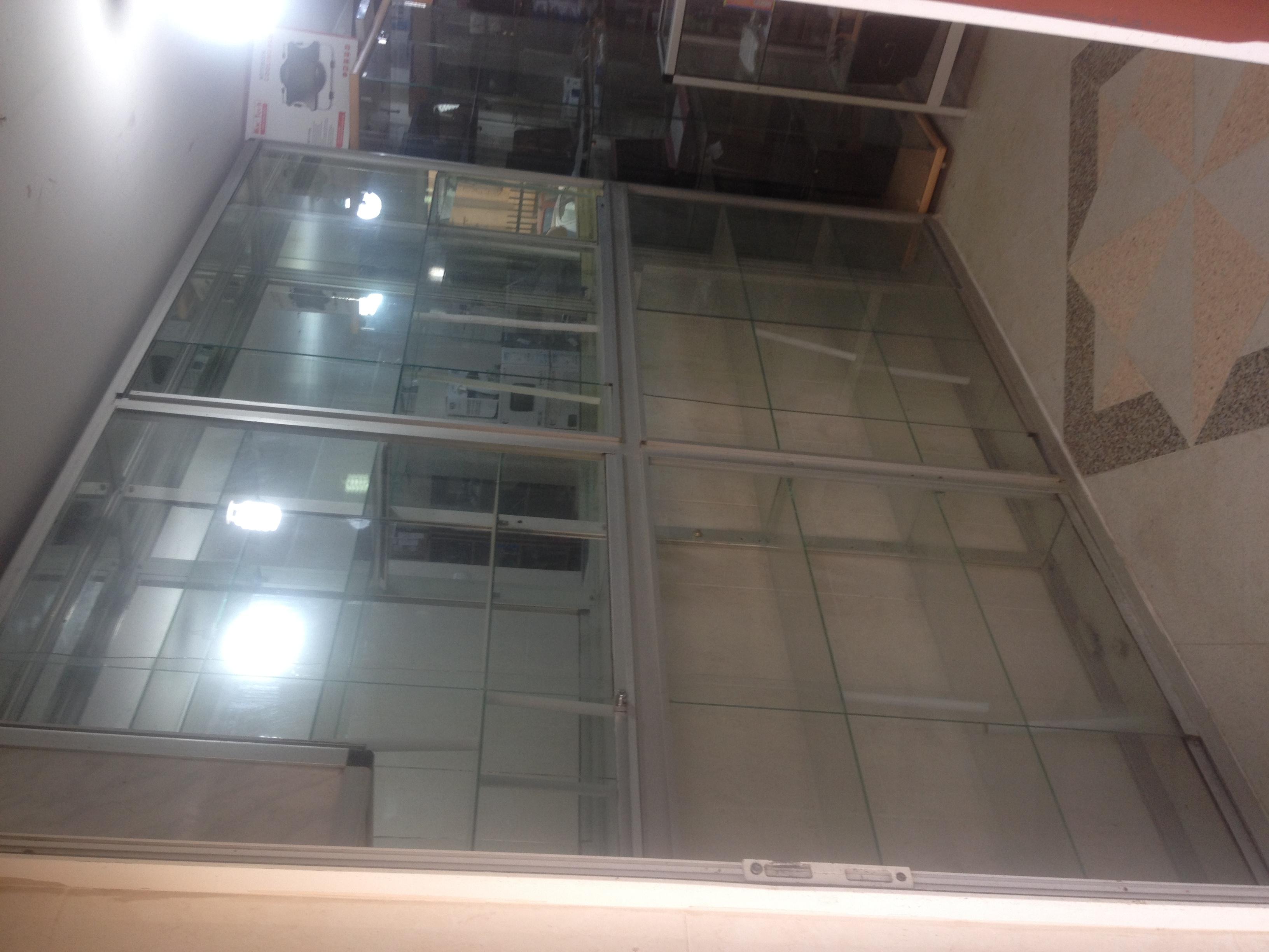 vitrine alluminuim ouedkniss