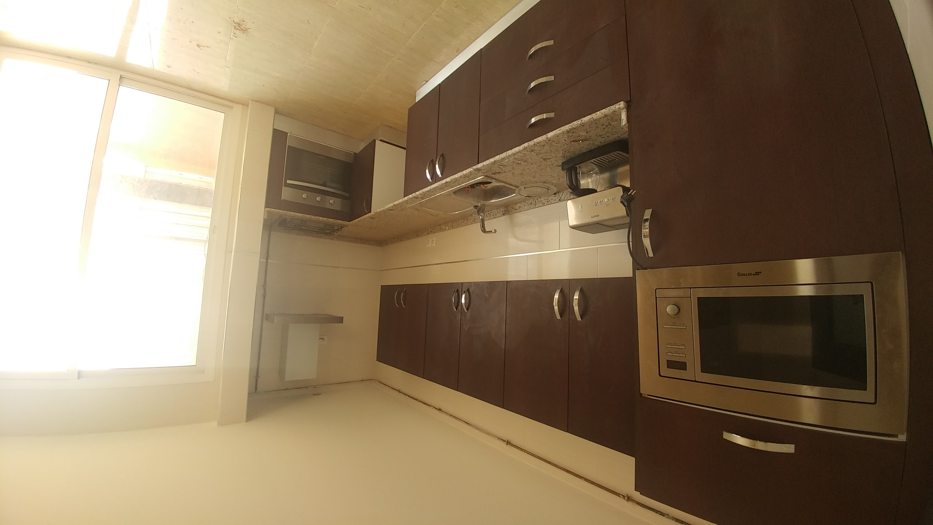 Location appartement type F4 avec garage sous sol ouedkniss