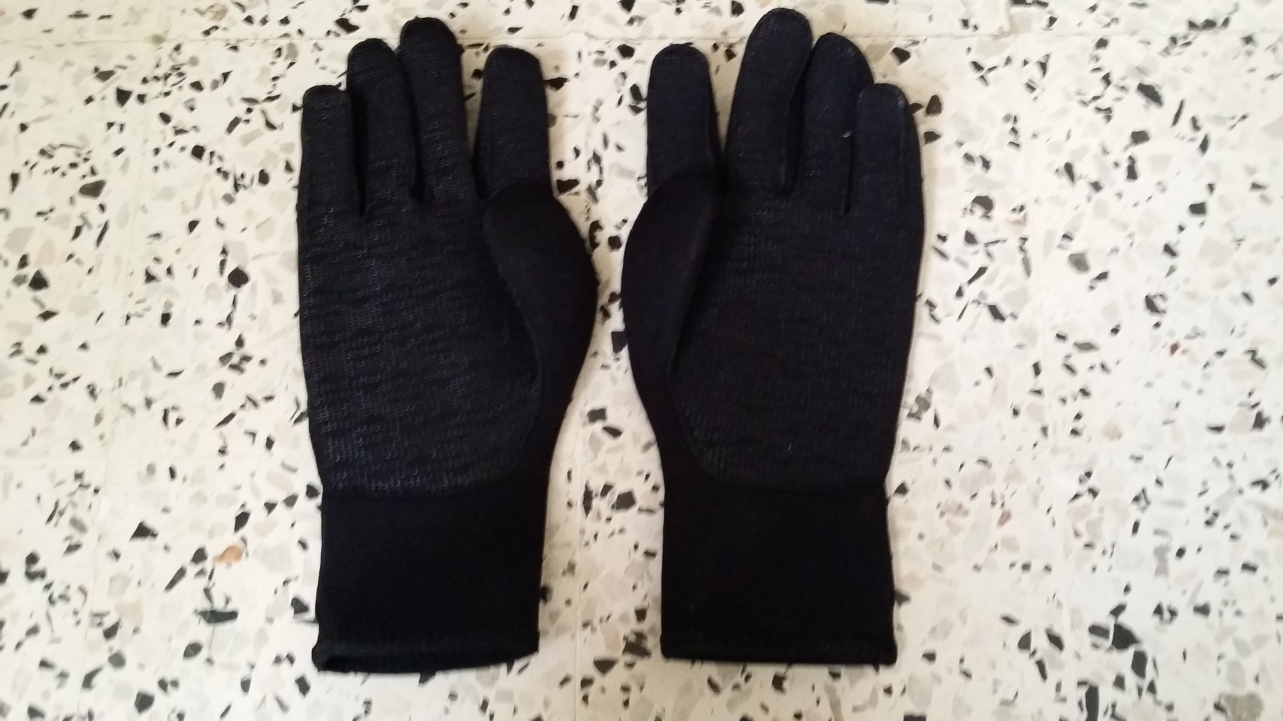 vente gants et chausson de plongee sous marine ouedkniss
