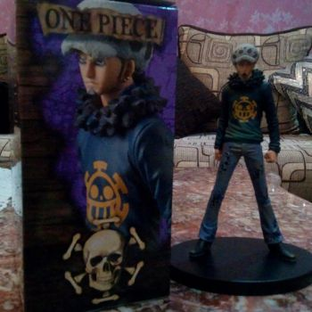 Figurines originales de TRAFALGAR LAW DE One piece ouedknisse