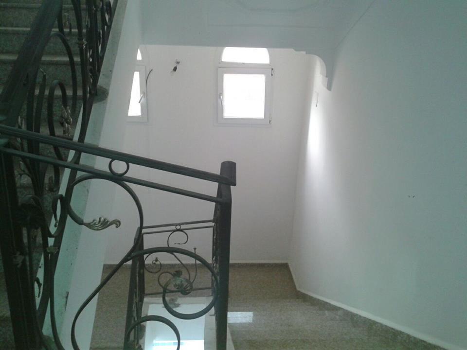 loue villa à ouled fayet ouedkniss