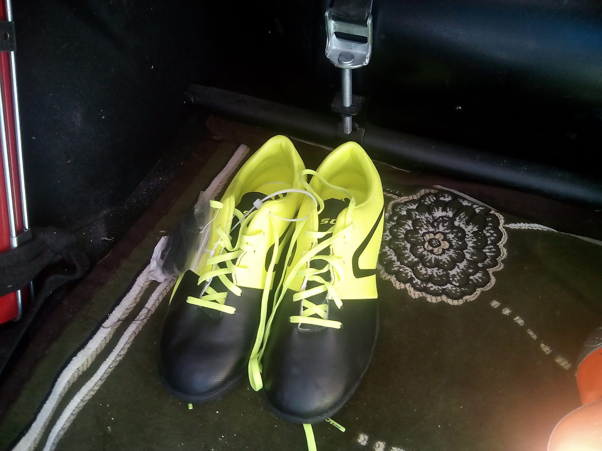 soulier de football soc original ouedkniss