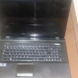Vend un laptop ouedknisse