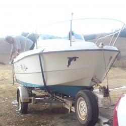 vente bateau BENETO longeur 4.50m moteur Johnson 40 CV ouedkniss