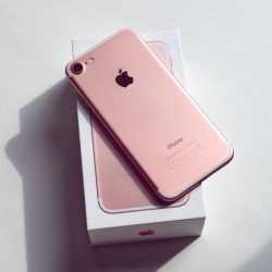 Iphone 7 rose 32gb 10/10 ouedknisse