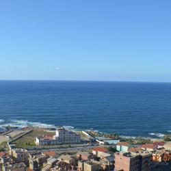 Location pour vacances appartement vue mer à Jijel, calme, parking ouedknisse